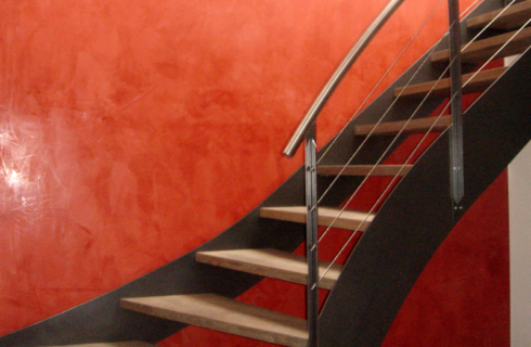 Stucco Veneziano bei Treppe - Projekt ausgeführt von Massimo Color, Hergiswil