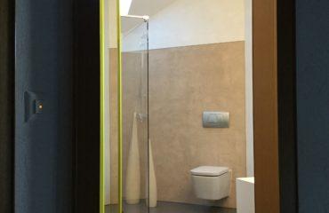 Fugenlos: Bodenbelag und Wandbeschichtung von Massimo Color