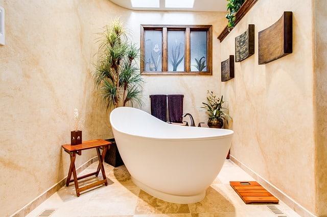 Kleines Bad, nichts für Heimwerker!